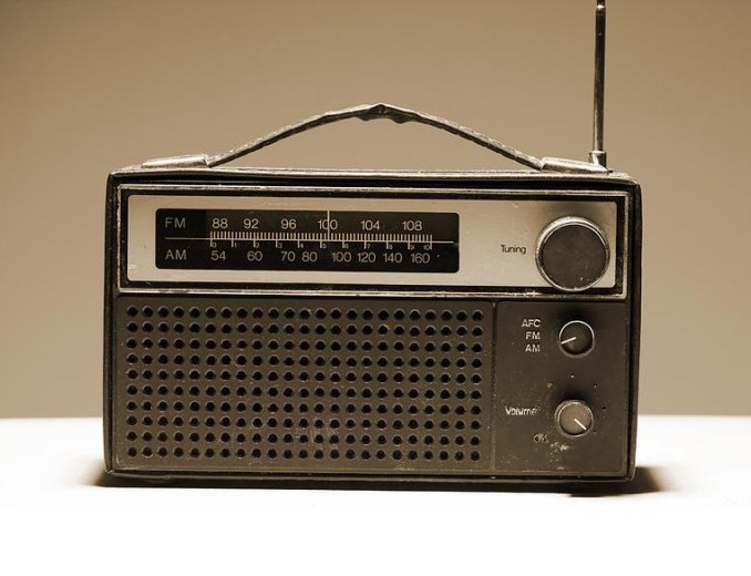 old radio picture